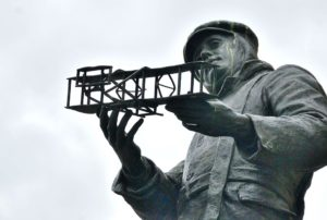 charles-rolls-statue